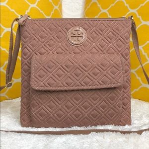 🌸OFFERS?🌸Tory Burch Dusty Rose Quilted Slingbag